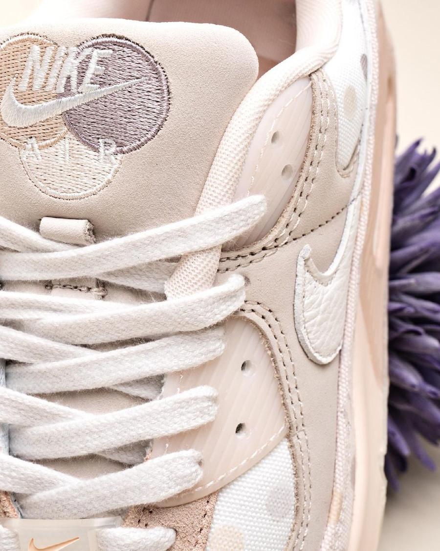 Nike Air Max 90 beige (motif à pois) CZ1929 200 (1)