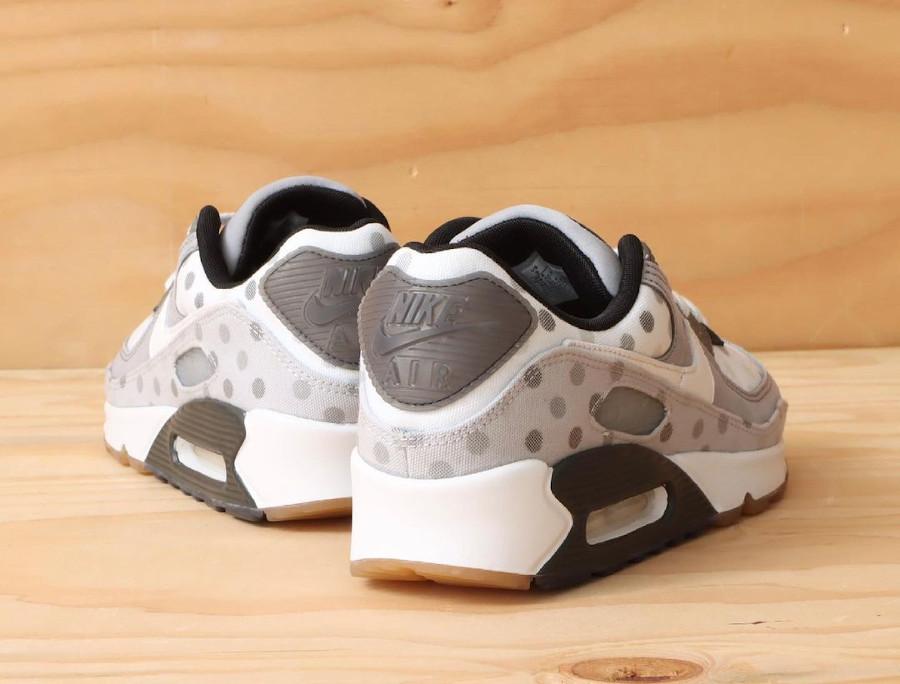 Nike Air Max 90 grise (motif à pois) cz1929-100 (1)
