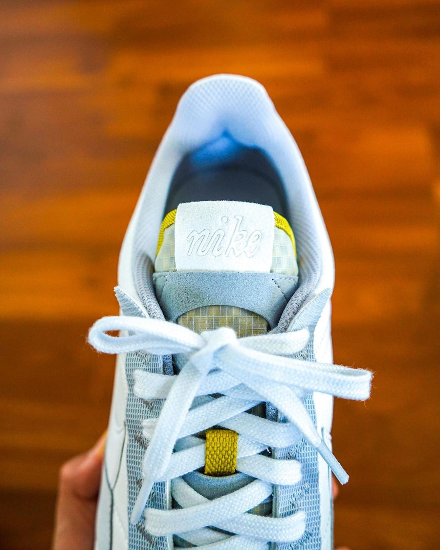 Nike Air Max Pre Day blanche et grise (2)
