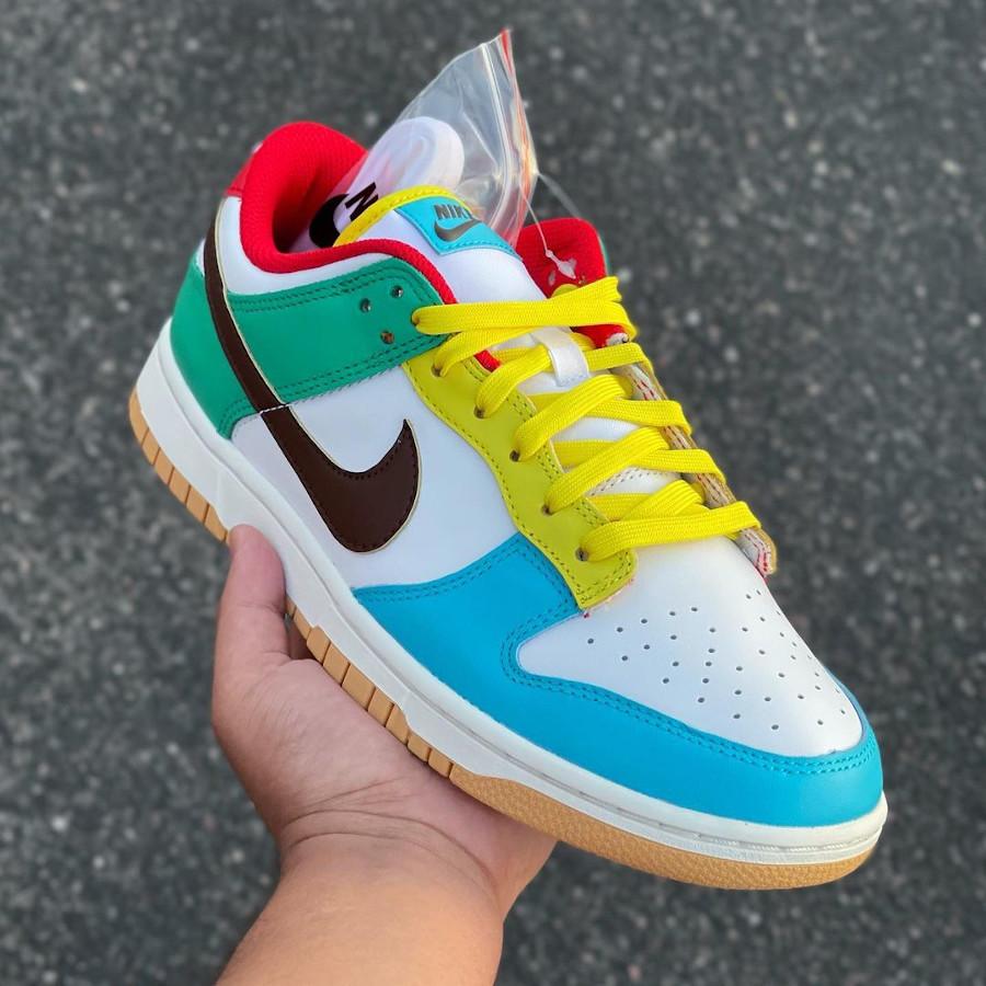 Nike Dunk Low Free 99 blanche bleue verte et jaune (1)