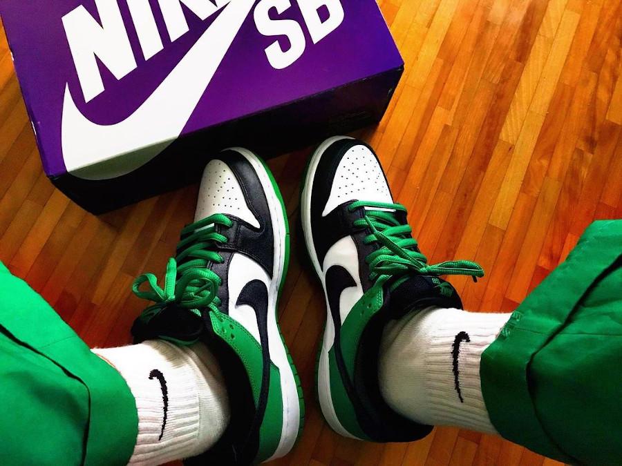 Nike SB Dunk Low Pro Classic Green on feet