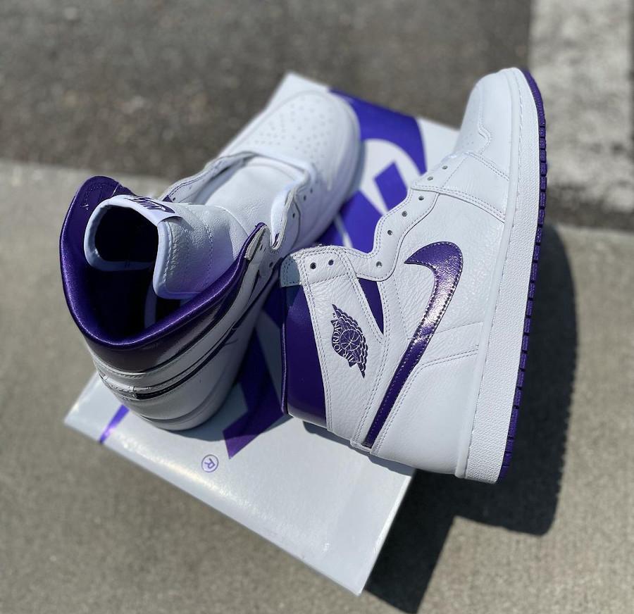 Women's Air Jordan 1 blanche et violette (1)