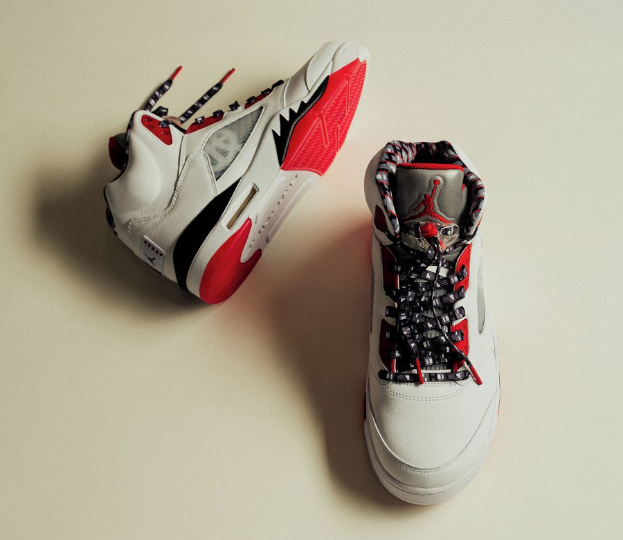 AJ5 Streetball blanche et rouge (2)