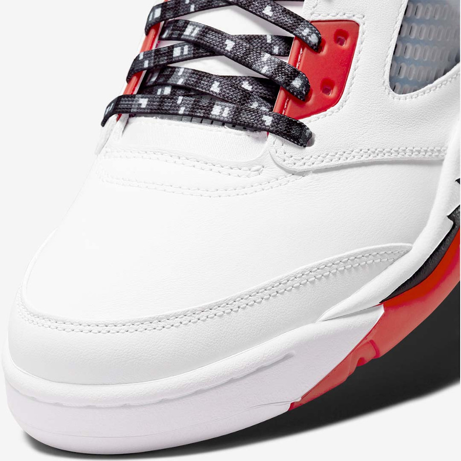 AJ5 Streetball blanche et rouge (6)