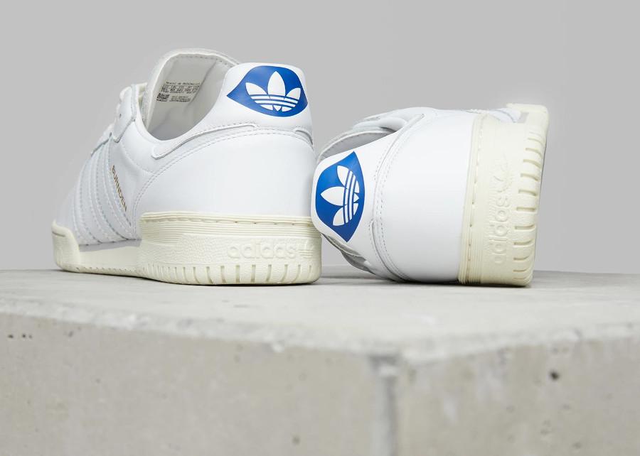 Adidas Burnden blanche et crème (1-2)