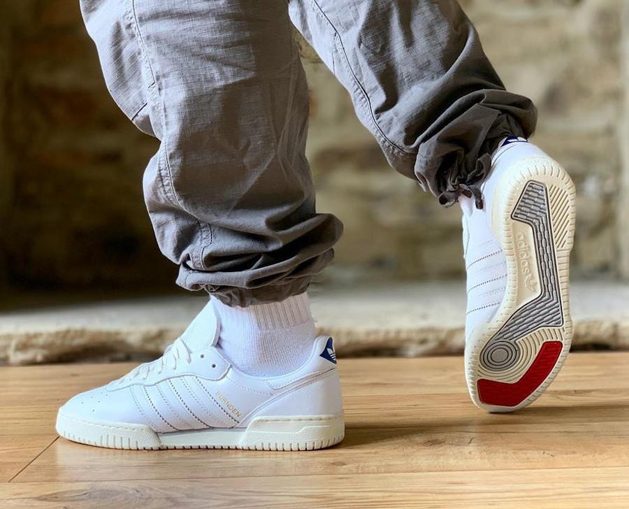 Adidas Burnden blanche et crème (3)