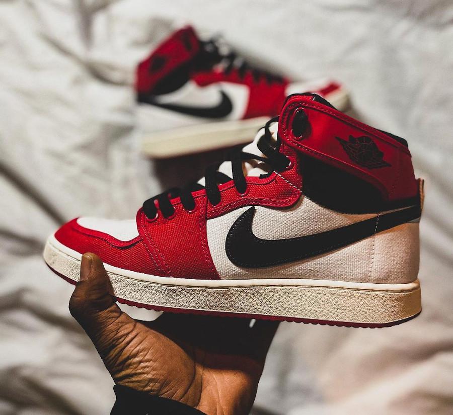 Air Jordan 1 AJKO en toile rouge blanche et noire (2)