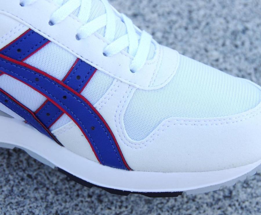 Asics GT 2 blanche et bleue (2)