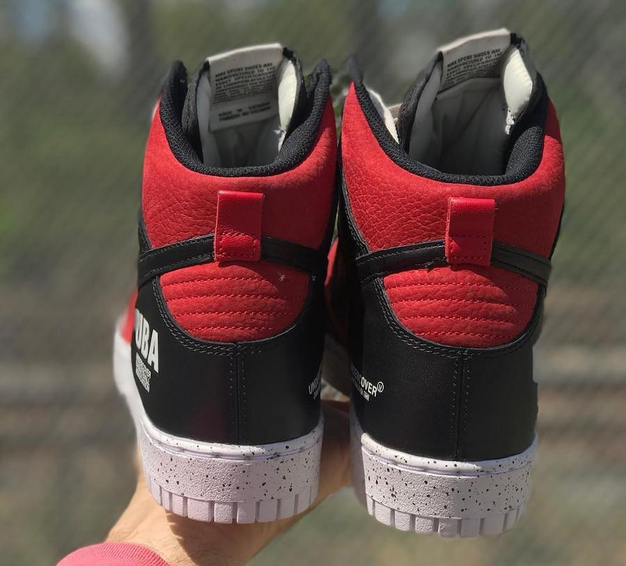 Jun Takahashi x Nike Dunk Hi 85 rouge ett noire (2)