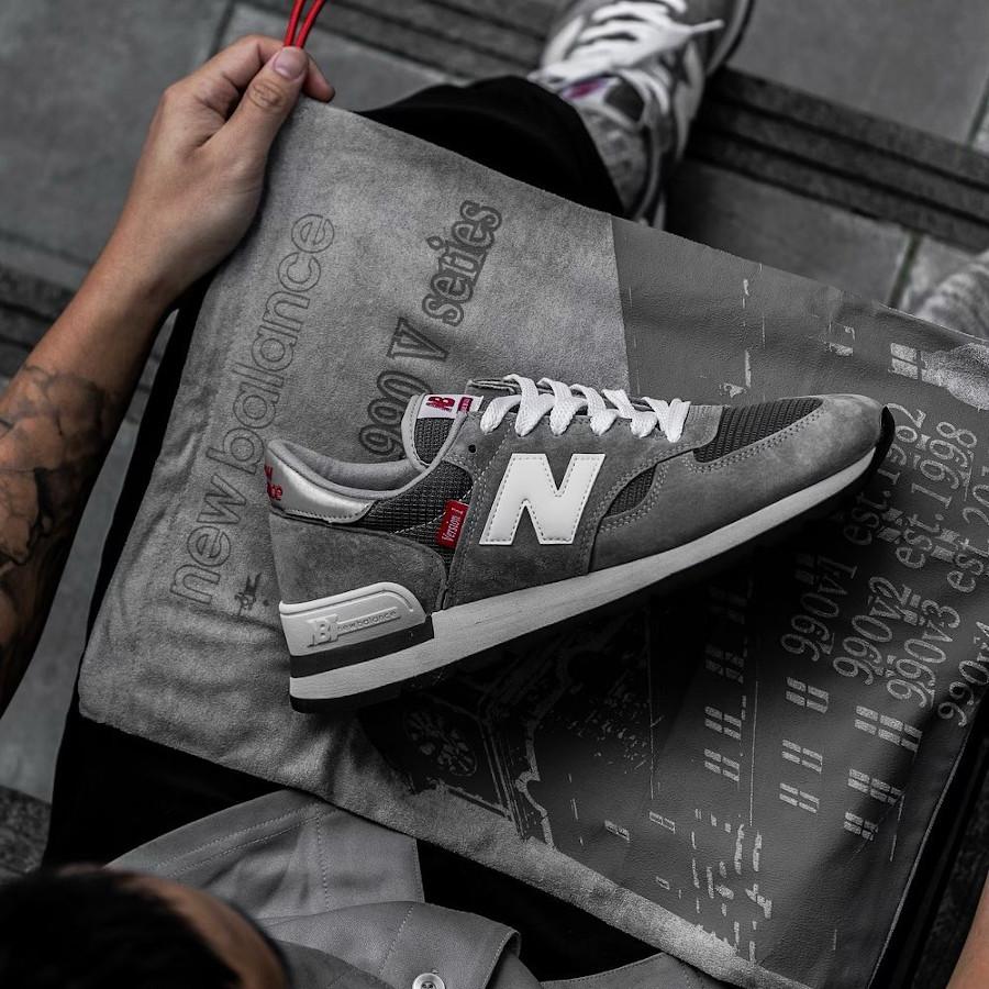 New Balance 990 Version 1 anniversaire grise et rouge (2)