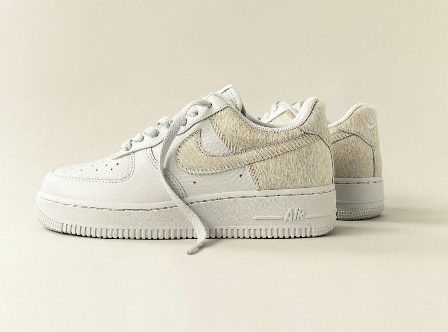 Nike Air Force 1 en fourrure blanche (3)
