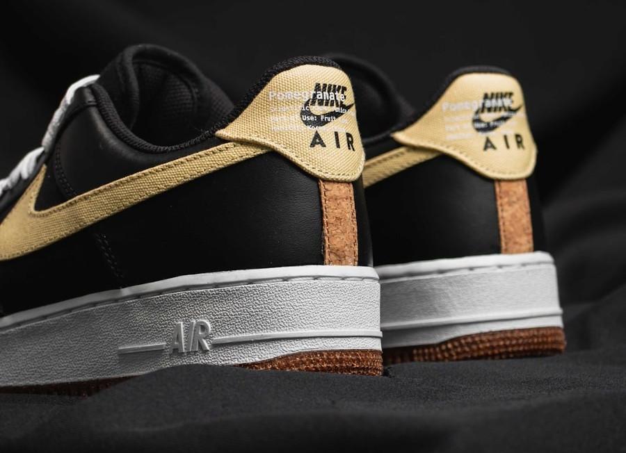 Nike Air Force One Low noire broderie de grenade (2)