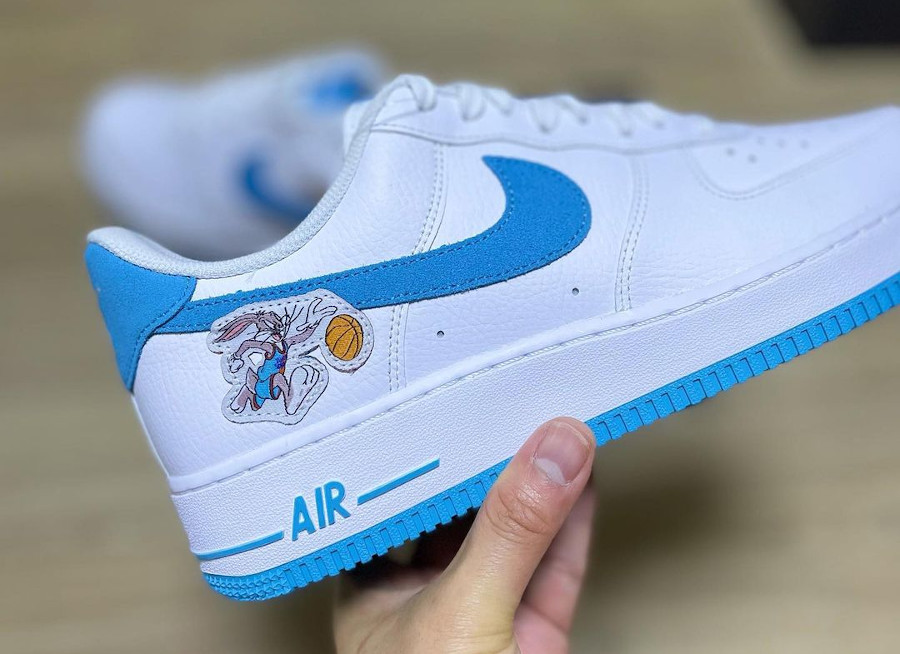 Nike Air Force One blanche Looney Tunes 2021 (2)