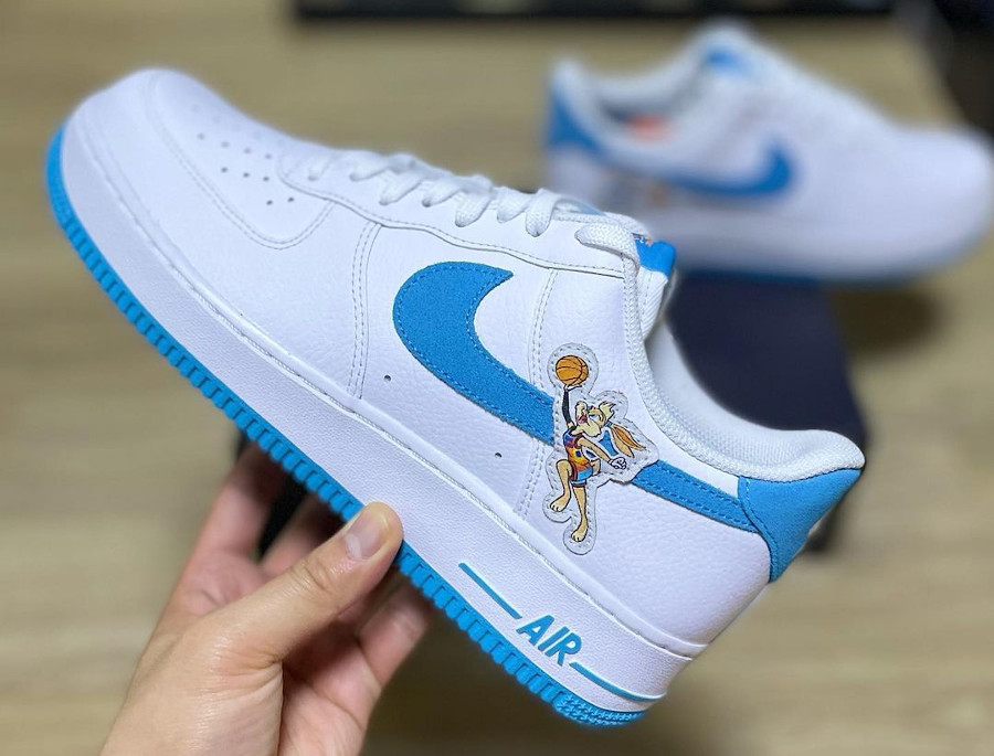 Nike Air Force One blanche Looney Tunes 2021 (3)