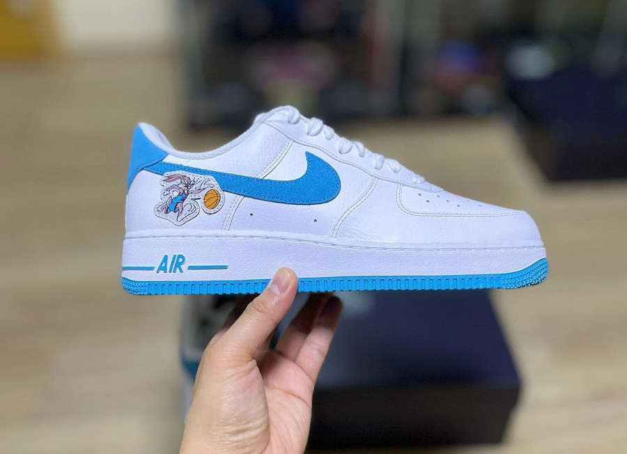 Nike Air Force One blanche Looney Tunes 2021 (4)
