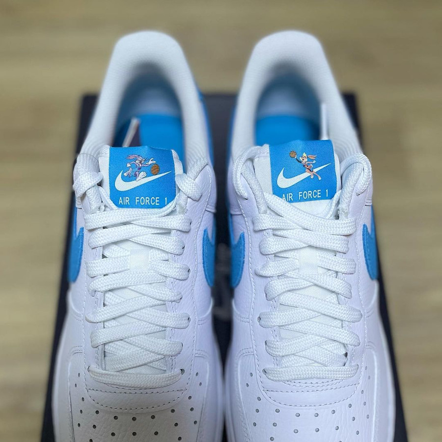 Nike Air Force One blanche Looney Tunes 2021 (5)