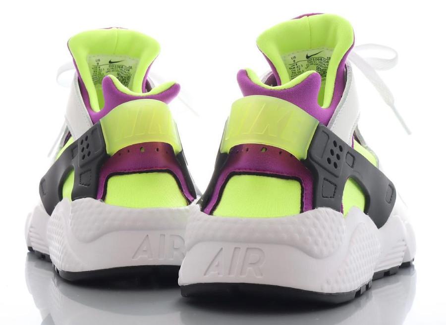 Nike Air Huarache blanche vert fluo et violette (3)