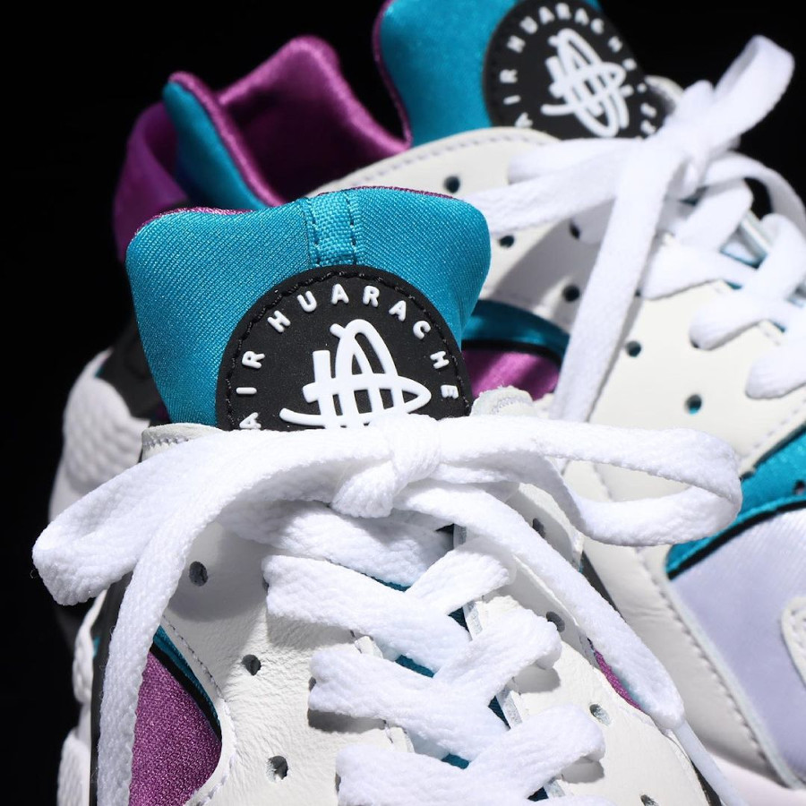 Nike Air Huarache original blanche violet et turquoise (1)