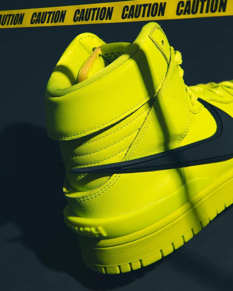 Nike Dunk High motorcycle vert citron (2)