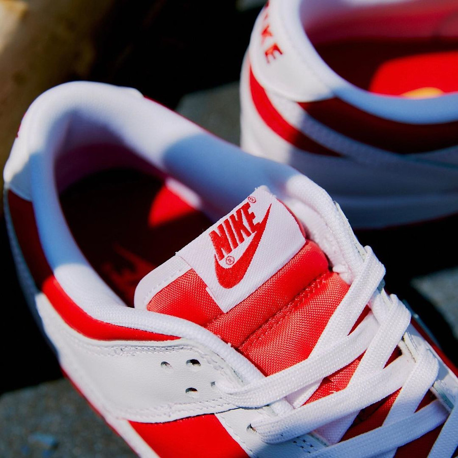 Nike Dunk Low blanche et rouge 2021 (3)