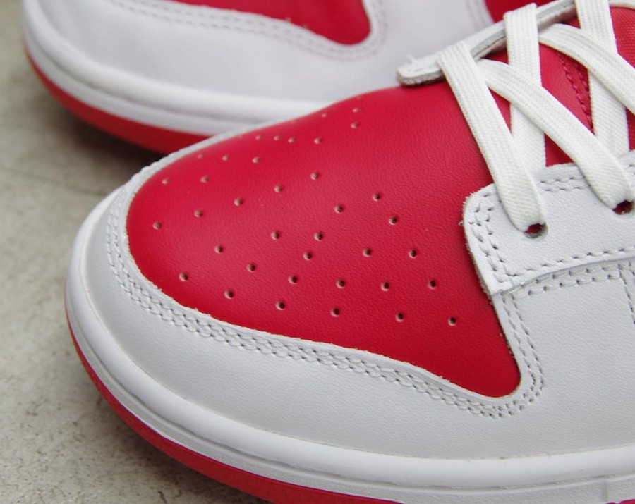 Nike Dunk Low blanche et rouge 2021 (6)