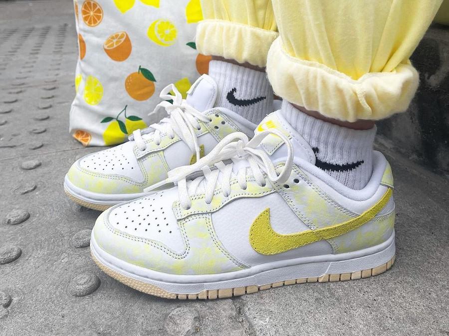 Nike Dunk Low jaune pastel qui change de couleur (1)