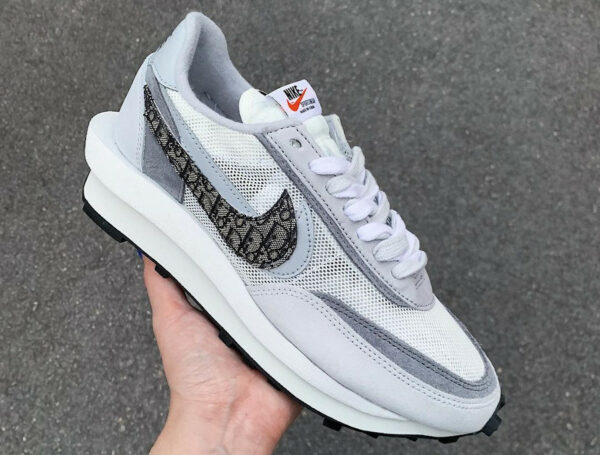 Nike LDWaffle Dior couv