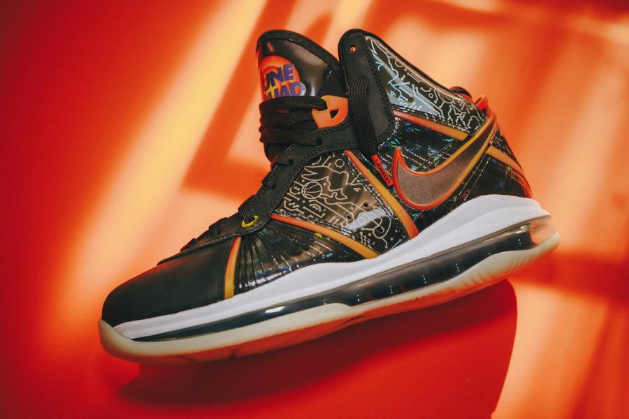 Nike Lebron VIII High Spacejam qui brille dans le noir (4)