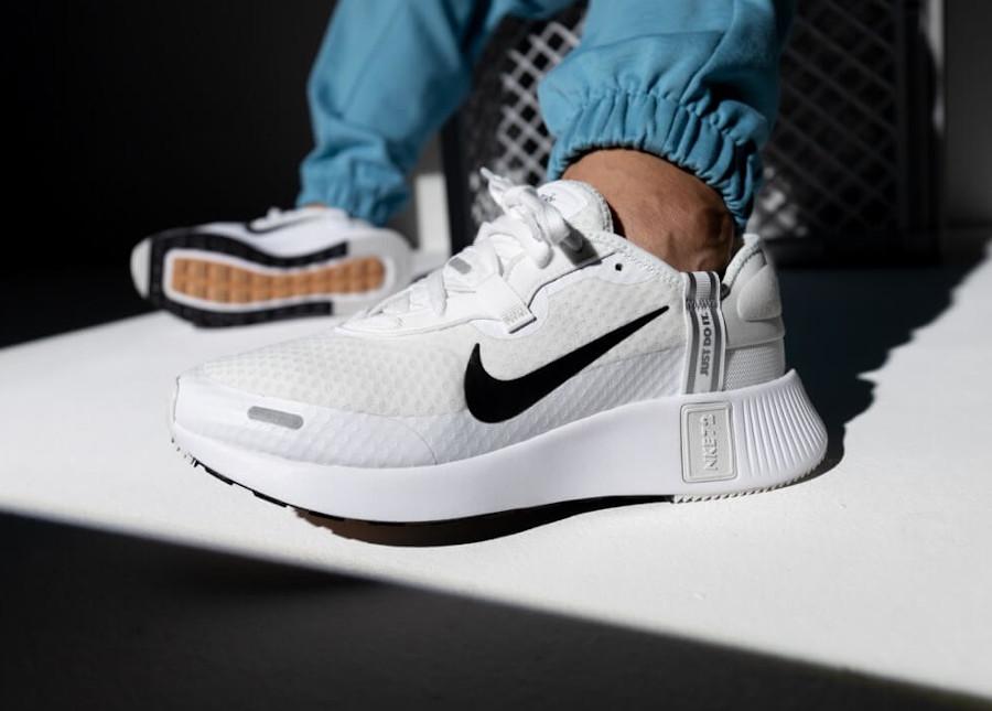 Nike Reposto White Black pas cher 2021