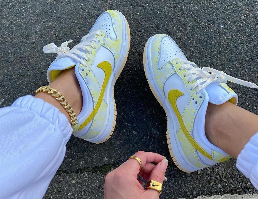 Nike Wmns Dunk Low OG Yellow Strike on feet DM9467 700