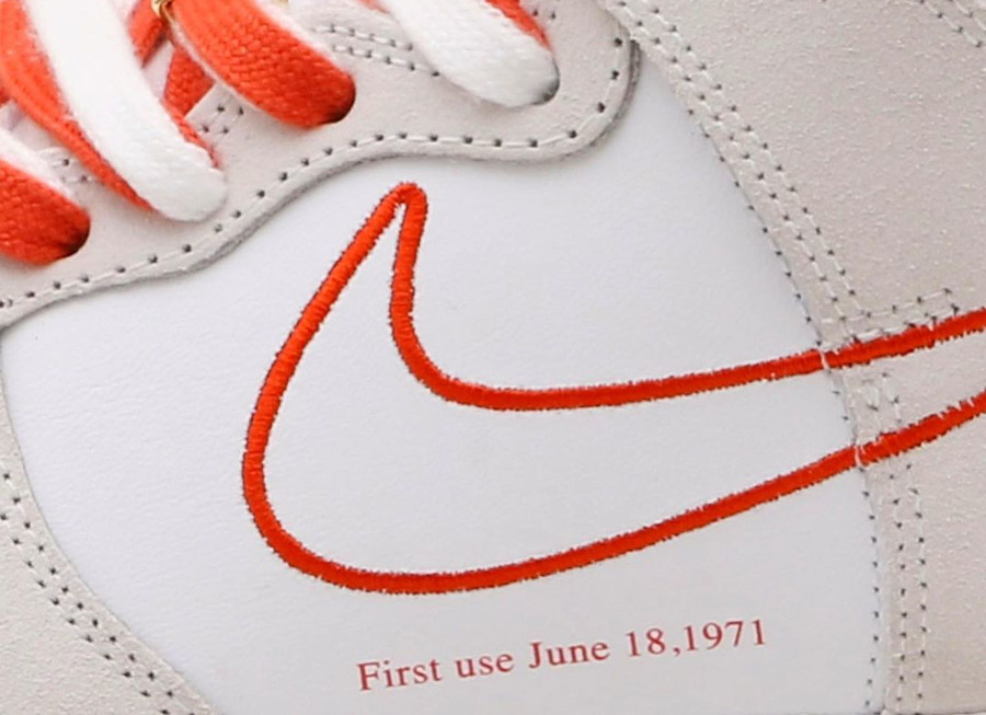 Nike Wmns Nike Dunk Hi FU blanche et orangée (5)