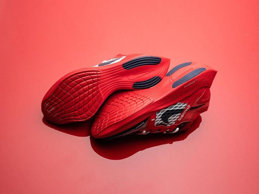Nike ZoomX Vaporfly Next% 2 Gyakusou rouge et bleu foncé (2)