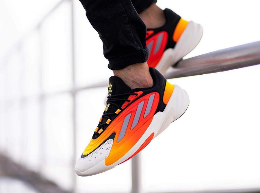 Adidas Ozelia noire jaune et orange on feet (5)