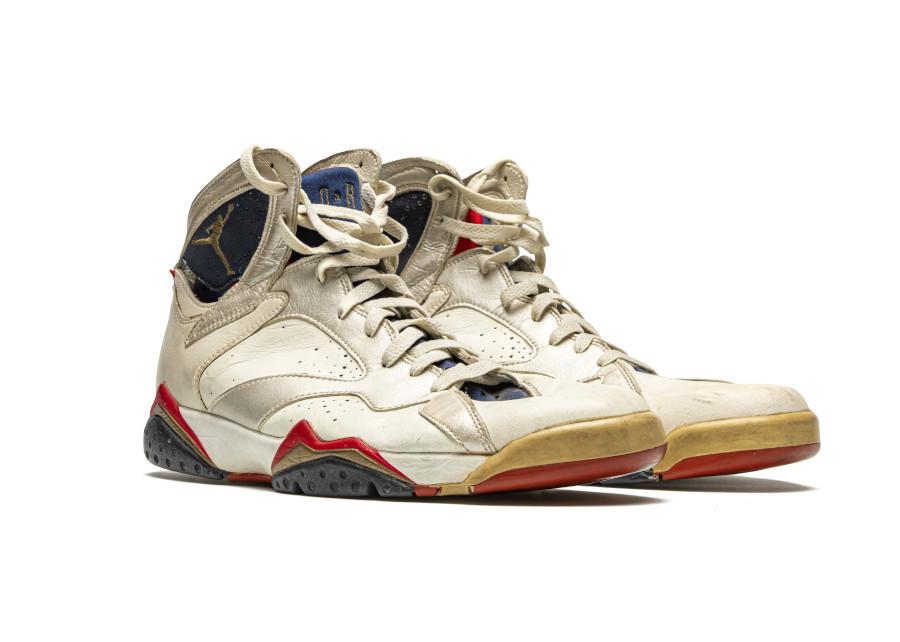 Air Jordan 7 PE Olympic portée par Michael Jordan