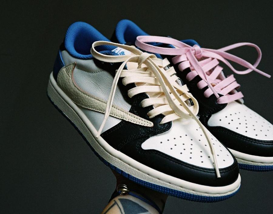 Air Jordan One Lo Black Toe Swoosh inversé (1)