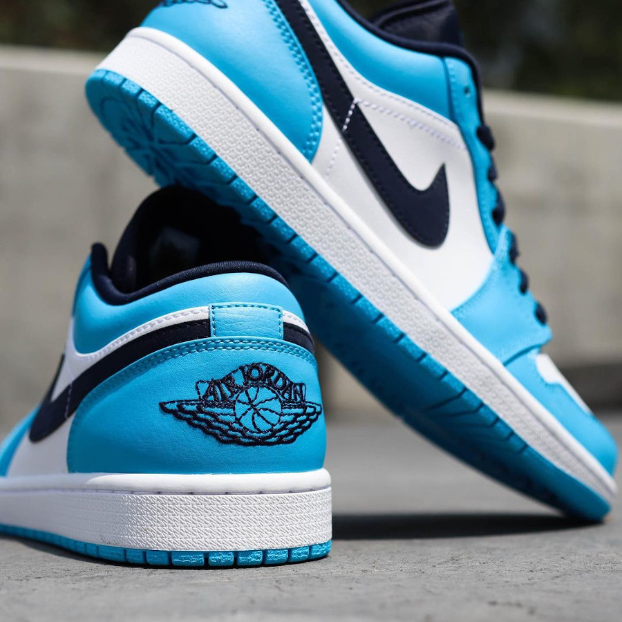 Air Jordan One Lo blanche bleu clair et foncé (3)