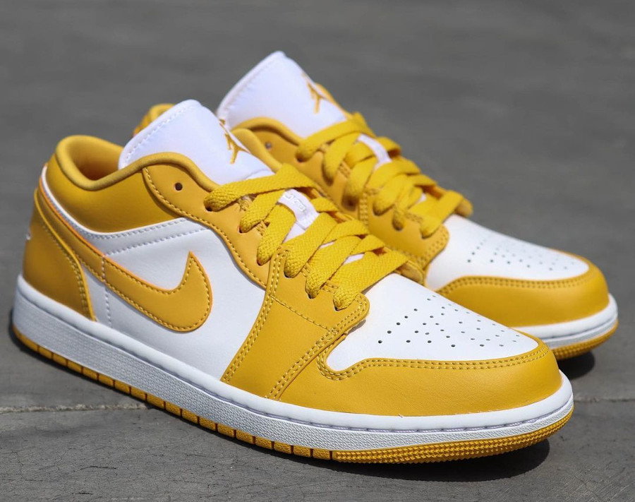 Air Jordan One Lo blanche et jaune moutarde (3)
