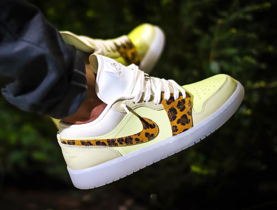 Air Jordan One Low Safari jaune et beige (7)