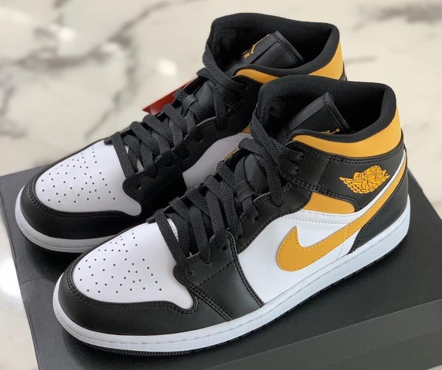 Air Jordan One Mid 2021 jaune et noire (1)