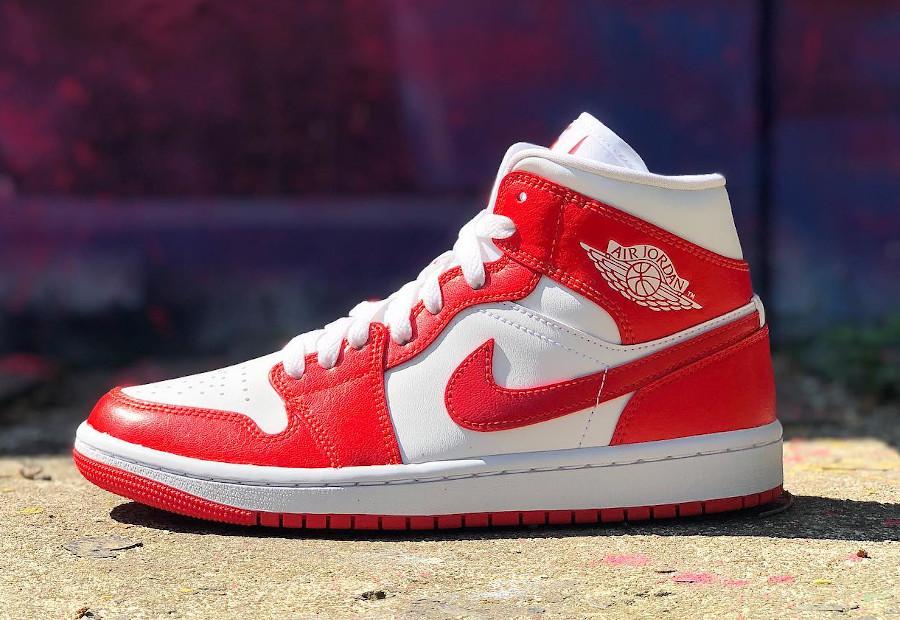 Air Jordan One blanche et rouge piment (3)