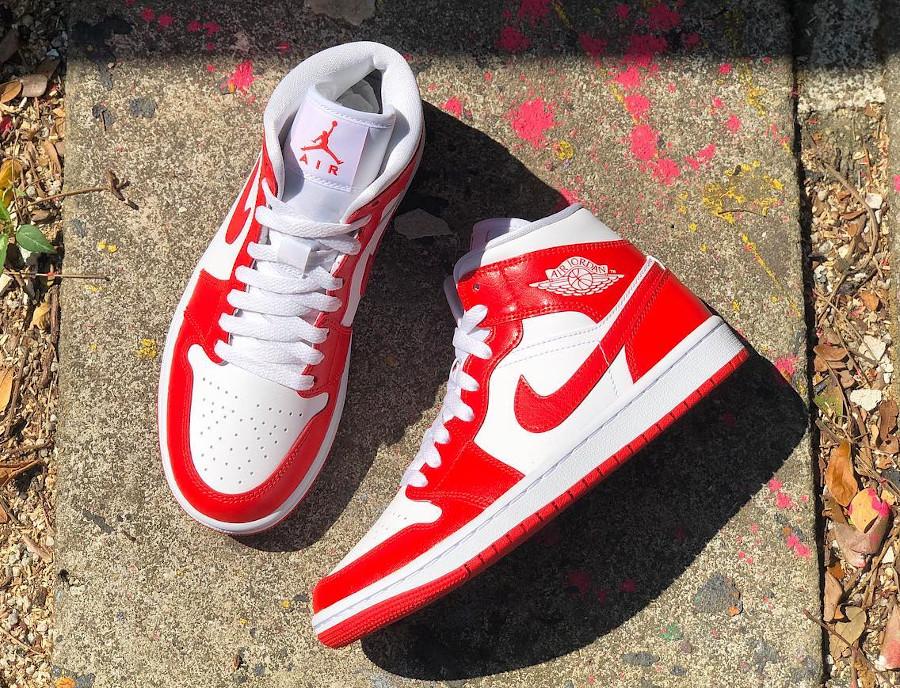 Air Jordan One blanche et rouge piment (4)