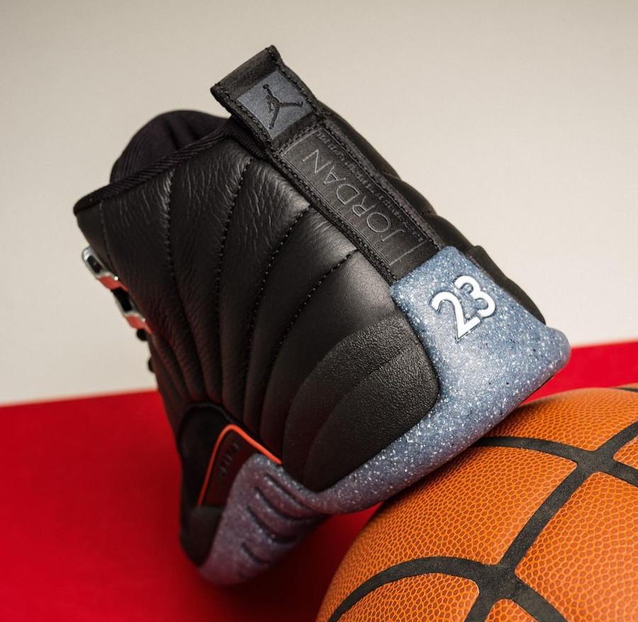 Air Jordan XII noire avec une semelle recyclée (1)