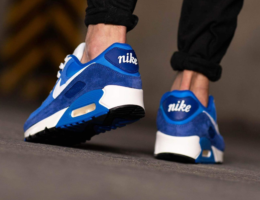 Nike AM90 PRM FU bleue (1)