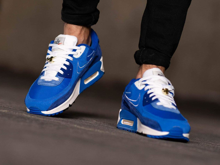 Nike AM90 PRM FU bleue (2)