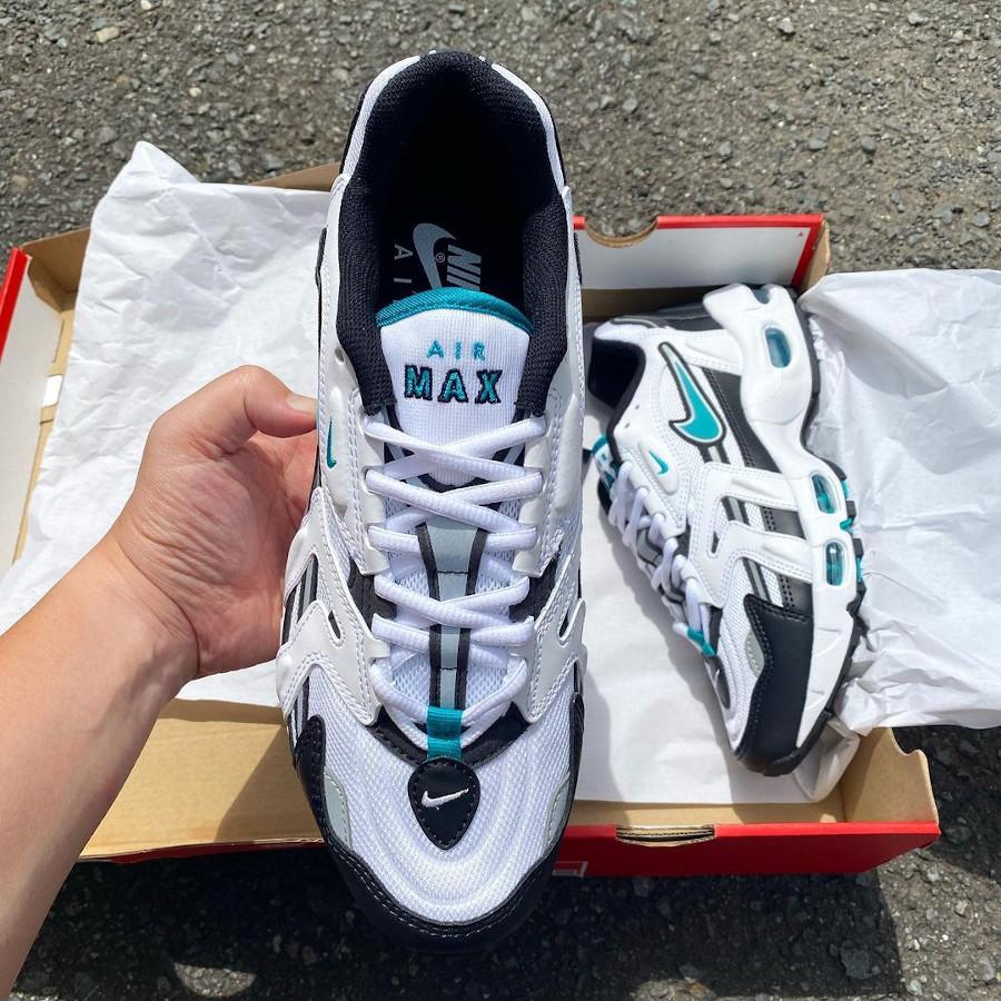 Nike AM96 2 blanche noire et bleu turquoise (3)