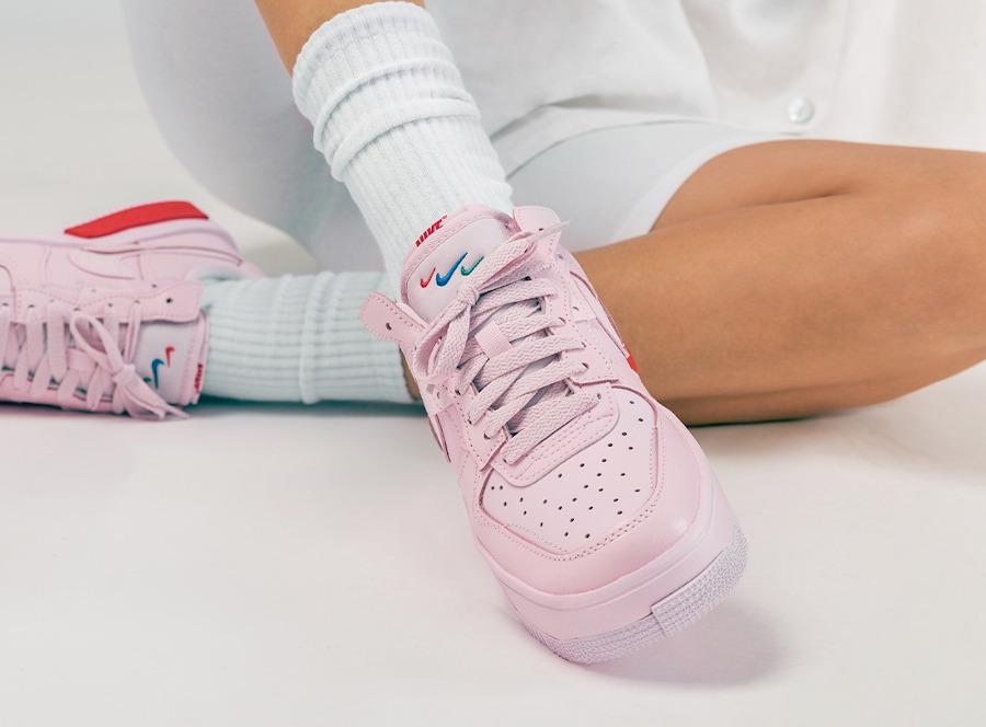 Nike Air Force One Fontanka rose on feet (2)