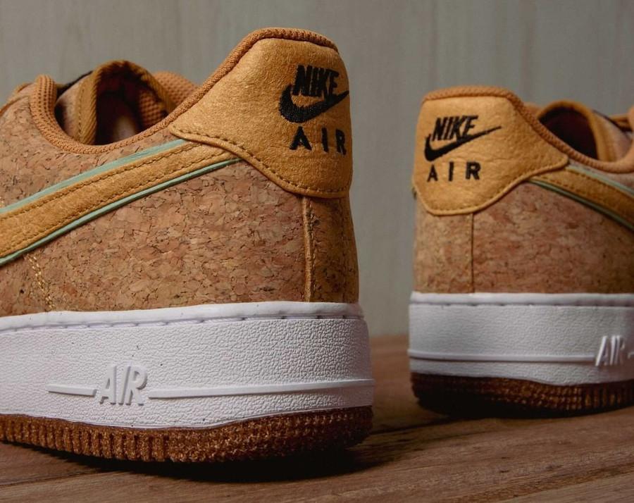 Nike Air Force One en liège (tête d'ananas (4)