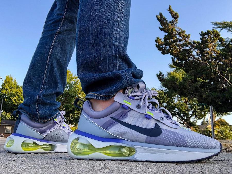 Nike Air Max 2021 violet lavande vert fluo on feet (2)