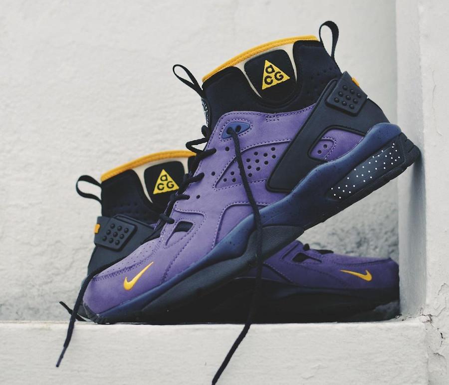 Nike Air Mowabb noire et jaune (suède violet) (2)