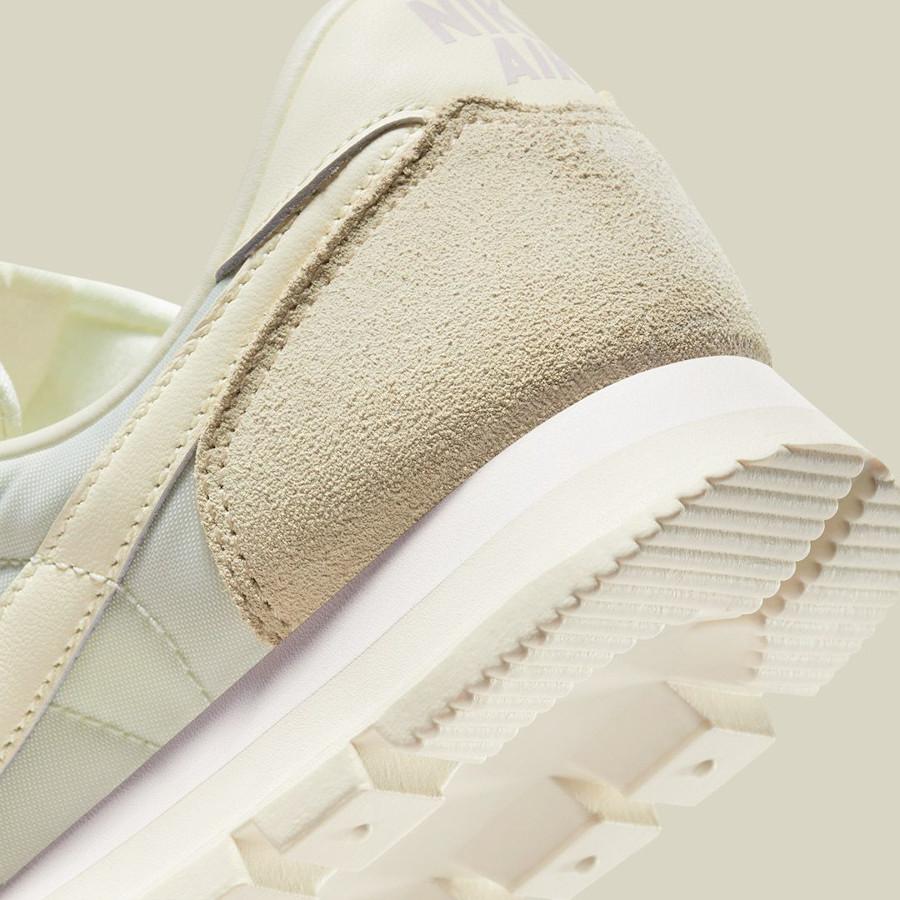 Nike Air Pegasus 83 2021 beige crème et blanc cassé (3)